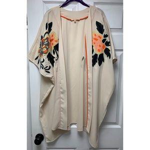 Gibson Latimer Floral Embroidered Kimono